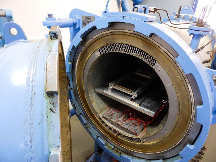Semi Industrial Autoclave Composites And Nanomaterials